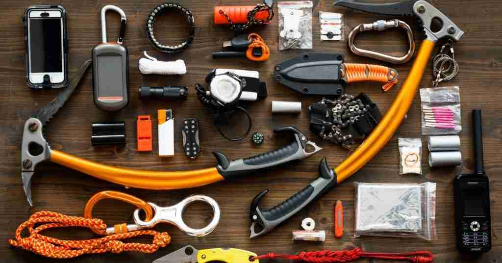 Bug Out Bag: Build the Ultimate Bugout 72-hour Survival Bag